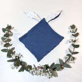 Doudou lapin bleu