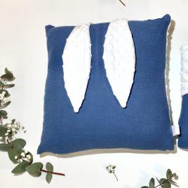 Coussin lapin bleu